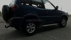 Nissan Terrano II Detalle Lateral
