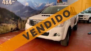 Toyota Hilux 2.5 Doble Cabina 4x4 2015 (4963-JGC)