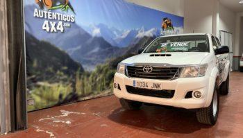 Toyota Hilux 2.5 GX Doble Cabina 4x4 2016 (1034-JNK)