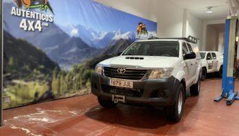Toyota Hilux 2.5 GX Doble Cabina 4x4 10/2015 (1679-JJL)