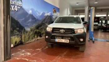 Toyota Hilux 2.4 150cv GX Doble Cabina5 plazas 4x4 2017 (5654-JRM)